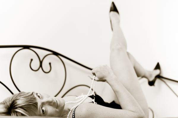 kamloops boudoir photographer jo leflufy